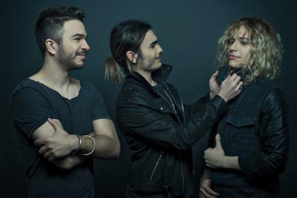 """Airbag arrasa con su single """"Perdido"""" y despide el año en el Teatro Vorterix"""