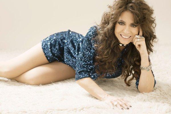 Patricia Sosa presentó «Zamba y acuarela», el primer adelanto de su álbum «Folclore»