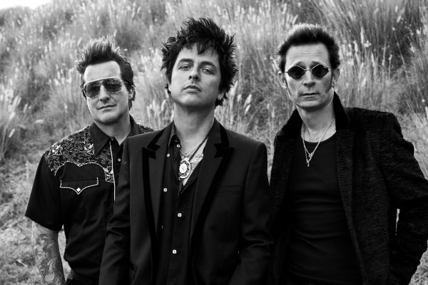 "Green Day samplea a Joan Jett en su nuevo single ""Oh Yeah!"""