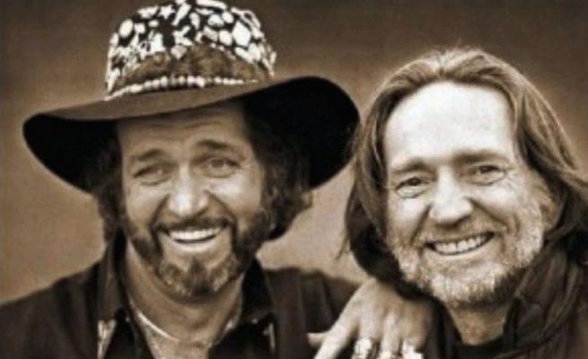 Murió Paul English, el histórico baterista, amigo y guardaespaldas de Willie Nelson