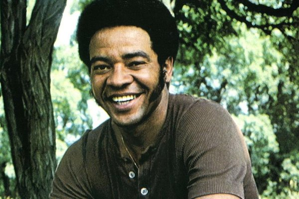 "A los 81 años murió Bill Withers, creador de himnos como ""Lovely Day"" y ""Lean On Me"""