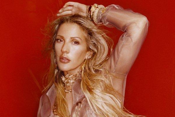 Ellie Goulding estrenó el single «Power», con un videoclip grabado en cuarentena