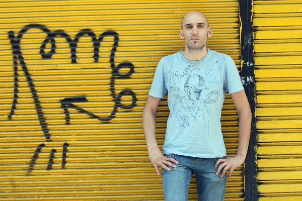 """A 85 años de la muerte de Gardel, Marcelo Ezquiaga hace versiones de """"Morocho"""" por streaming"""