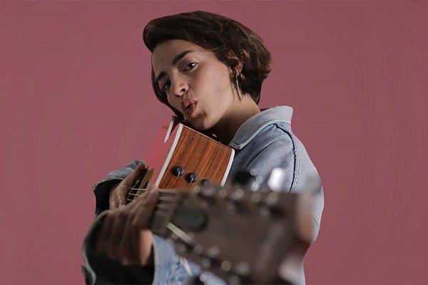 Zoe Gotusso debuta como solista y avisa: «Soy cancionera y no me importa qué se esté escuchando»