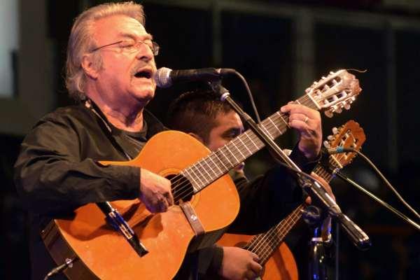 Murió César Isella, el músico que hizo creer en una «Canción con todos»