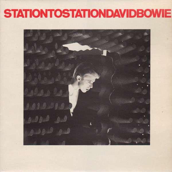 Hace 45 años, David Bowie daba vida a «El Delgado Duque Blanco», en una época oscura de música brillante