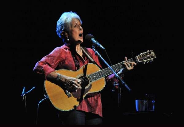 Joan Baez: 80 años de una voz consecuente