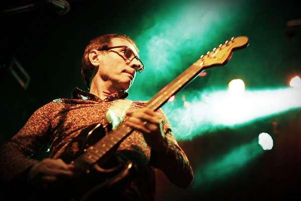 Con su disco en vivo, Jorge Minissale logra una «linda síntesis» entre el sonido rockero y sutilezas armónicas