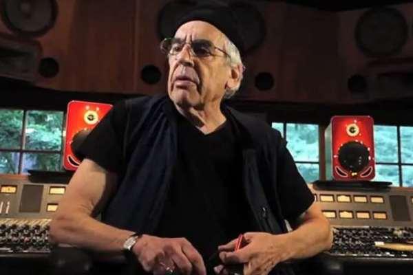 Falleció a los 79 años Elliot Mazer, productor de Neil Young