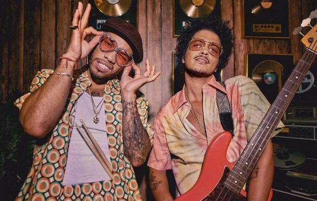 Bruno Mars y Anderson .Paak estrenan el primer single del proyecto Silk Sonic