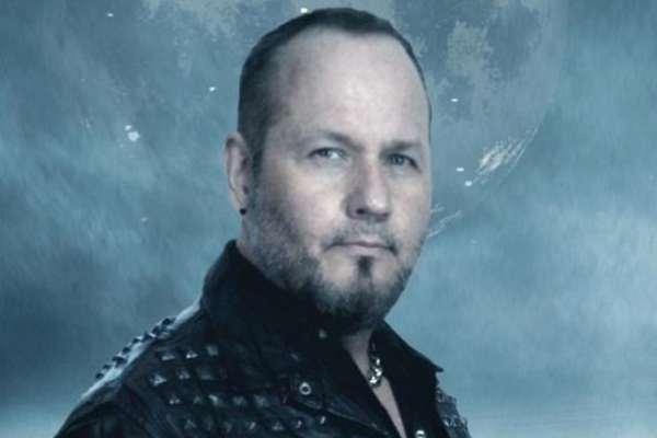 Tim «Ripper» Owens dice que la pandemia «cambió completamente todo»