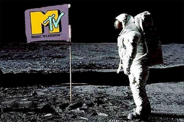 Hace 40 años nacía MTV, el canal que consolidó la alianza entre la música y el mundo audiovisual