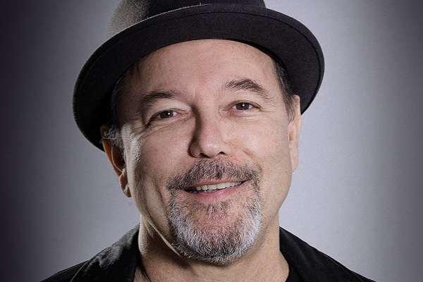 Rubén Blades será uno de los artistas en la gala de los Latin Grammy