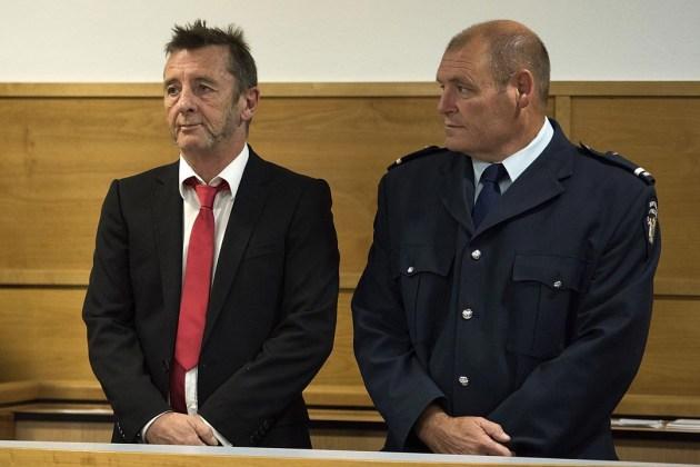 Phil Rudd, baterista de AC/DC, es detenido otra vez