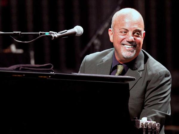 Billy Joel sorprendió actuando en un show de una banda tributo