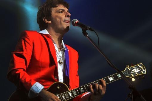 Juanse estrenó el clip de «Desconfío», con Andrés Calamaro