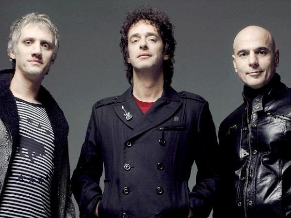 Dicen que Soda Stereo obliga a poner fin a la banda tributo chilena Prófugos, pero Charly Alberti lo niega