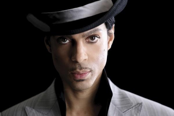 Prince criticó a la industria de la música por tratar de «meternos» a Katy Perry y Ed Sheeran