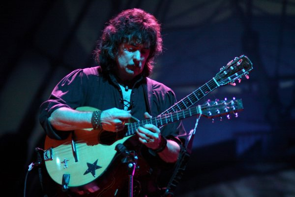 Ritchie Blackmore demanda a Deep Purple por regalías