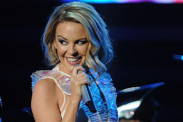 """Kylie Minogue adelanta la Navidad con su álbum """"Kylie Christmas"""""""