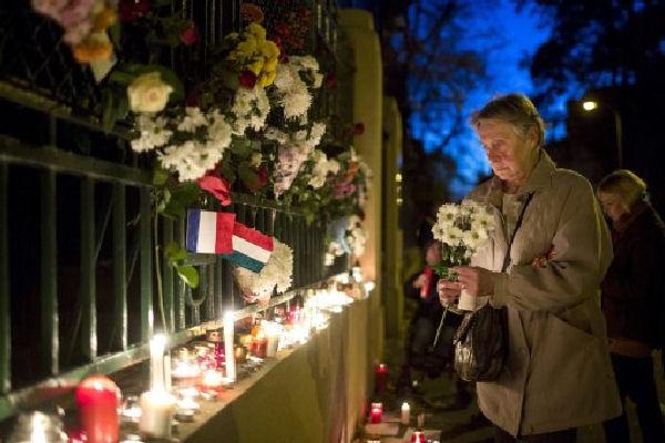 El mundo de la música se solidariza con las víctimas de los atentados en París
