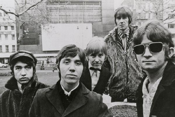 Falleció Stevie Wright, el líder de la banda australiana The Easybeats