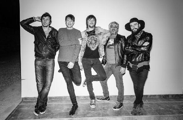Jóvenes Pordioseros presenta «Eterno», tercer single de «Pánico»