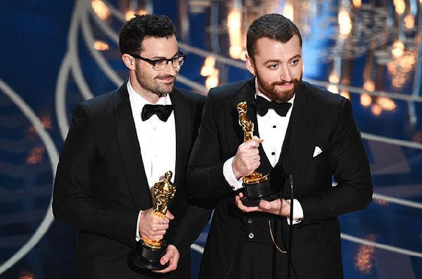 """Sam Smith se llevó el Oscar a la Mejor Canción Original por """"Writing's On The Wall"""""""