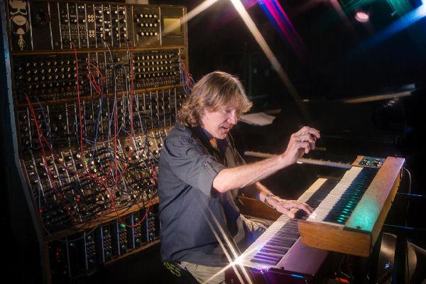 Falleció Keith Emerson, tecladista de Emerson, Lake & Palmer