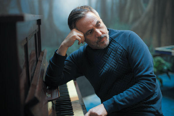 Alejandro Lerner volvió a grabar «Juntos para siempre», esta vez con Andrés Calamaro