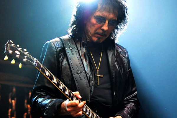 Tony Iommi recuerda cuando echó a Madonna de la sala de ensayo de Black Sabbath