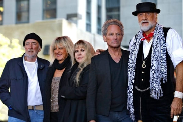 Integrantes de Megadeth, Mastodon, Baroness y Lucifer interpretan «You Make Loving Fun» de Fleetwood Mac