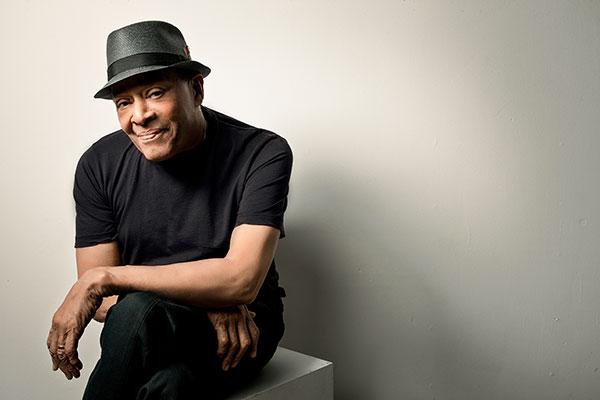 Falleció Al Jarreau, el cantante que recorrió con éxito el jazz, el pop y el R&B
