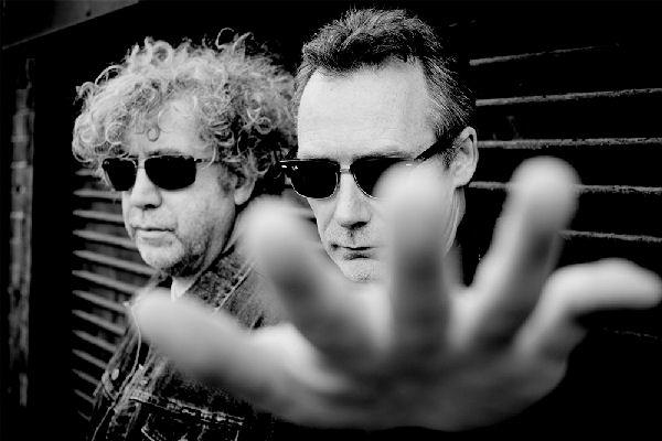 The Jesus & Mary Chain publicó su primer álbum en 19 años