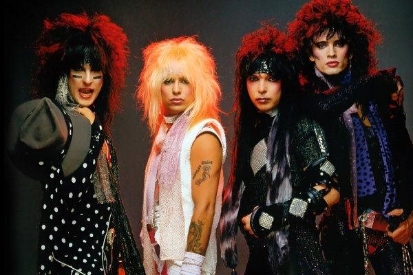Una nueva canción de Mötley Crüe incluirá la participación del rapero Machine Gun Kelly