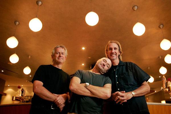 Como Phil Collins y Mike Rutherford, Tony Banks también está abierto a una reunión de Genesis