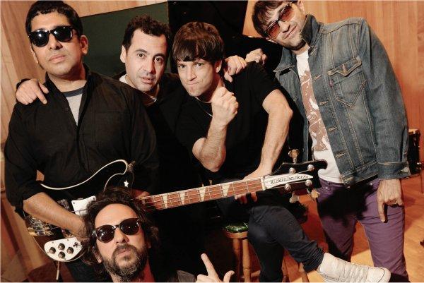 Turf relanza su clásico álbum «Siempre libre» y lo festeja en vivo