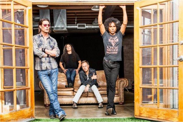 Alice in Chains publicará en agosto su nuevo álbum, «Rainier Fog»