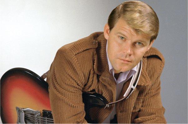 Falleció Glen Campbell, leyenda de la música country