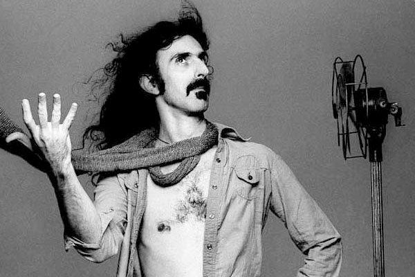Lanzan el tráiler de un exhaustivo documental sobre Frank Zappa