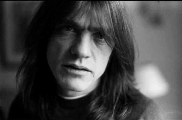 Murió Malcolm Young, guitarrista y cofundador de AC/DC