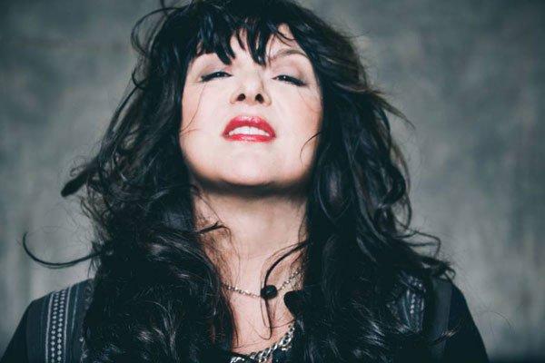 Ann Wilson, cantante de Heart, compartió la potente «The Hammer»