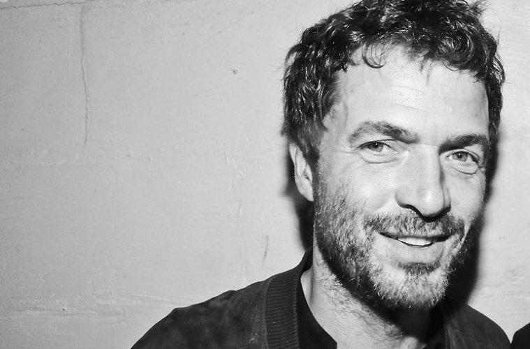 Falleció tras caer de un edificio el músico Zdar, integrante del dúo francés Cassius