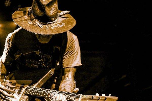Donavon Frankenreiter actuará en la Argentina en enero
