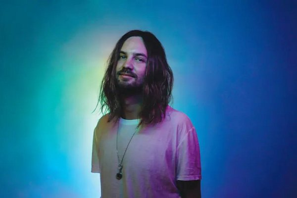 Tame Impala lanza su cuarto álbum de estudio, «The Slow Rush»