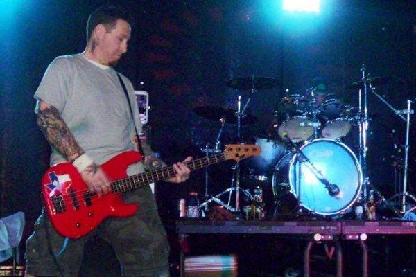 Falleció Josh Pappe, bajista de los pioneros del crossover thrash Dirty Rotten Imbeciles