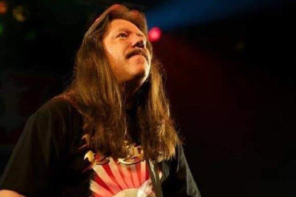 Murió Lou «L.A.» Kouvaris, guitarrista original de Riot