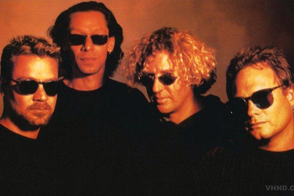 Hace 25 años, Van Halen se sumergía en el pop con «Can't Stop Lovin' You»
