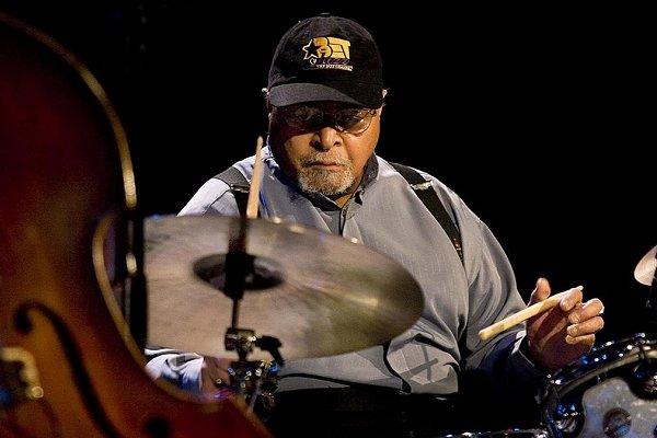 Murió a los 91 años el baterista Jimmy Cobb, último sobreviviente de «Kind of Blue» de Miles Davis