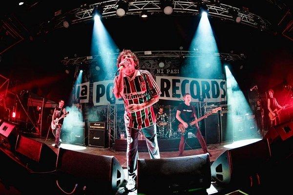 La Polla Records anuncia el lanzamiento de un disco grabado en vivo en su   gira de reunión